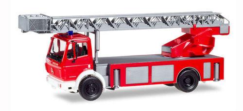 Heico Feuerwehr Mercedes Pullmann TLF 16 Neuenkirchen HC2030