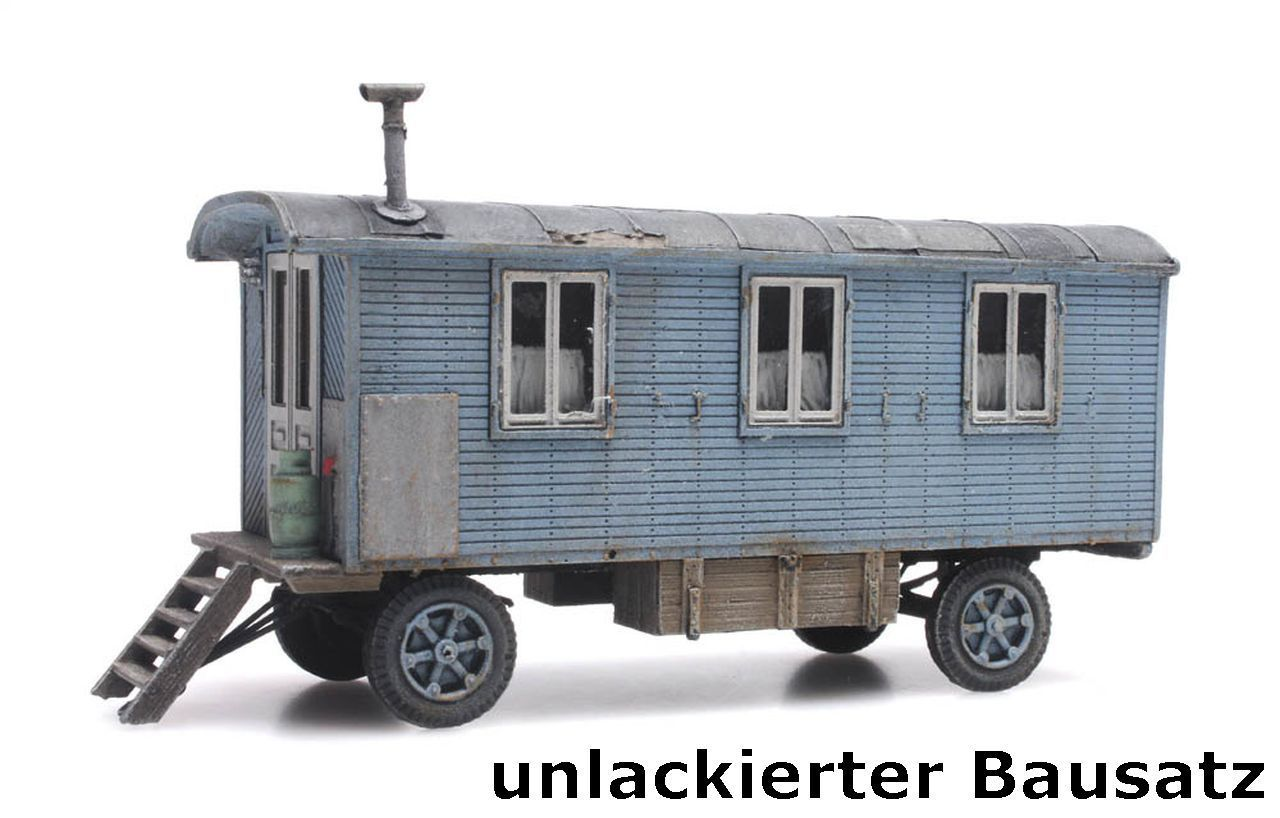 Artitec 387.368-1:87: Wohnwagen lackiert Kirmes oder Zirkus Fertigmodell